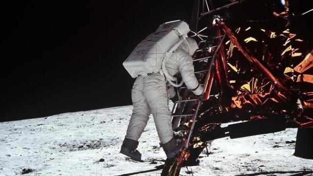 Home a la lluna